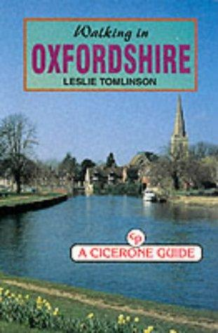 Walking in Oxfordshire (County) by Leslie Tomlinson